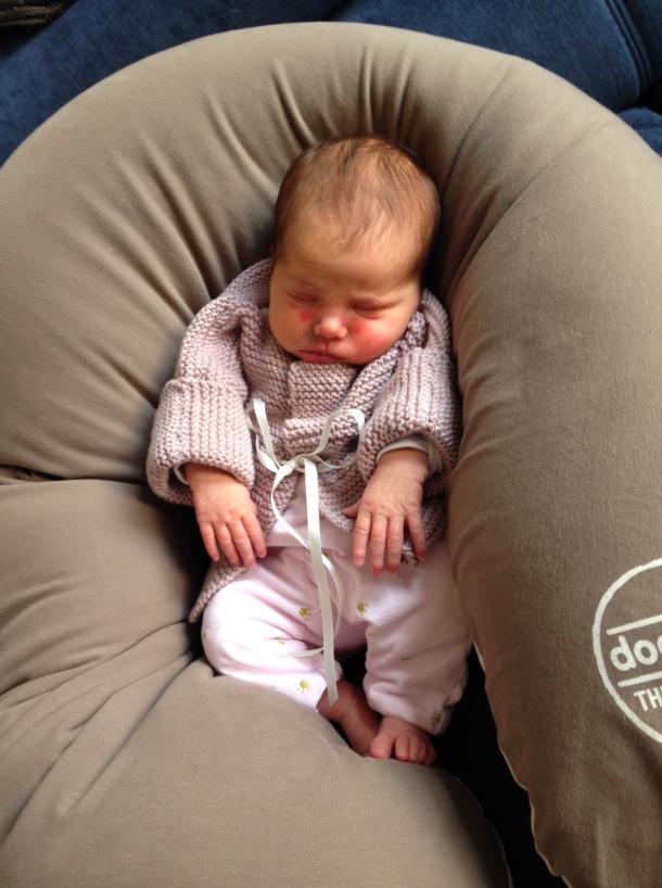 Sleeping 2 week baby amsterdam