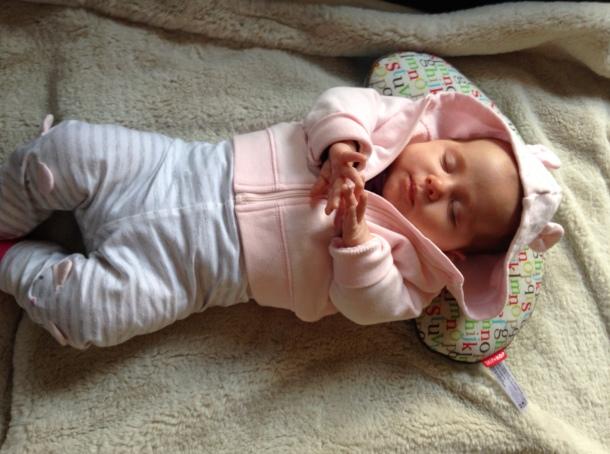 baby sleeping moses basket 8 weeks