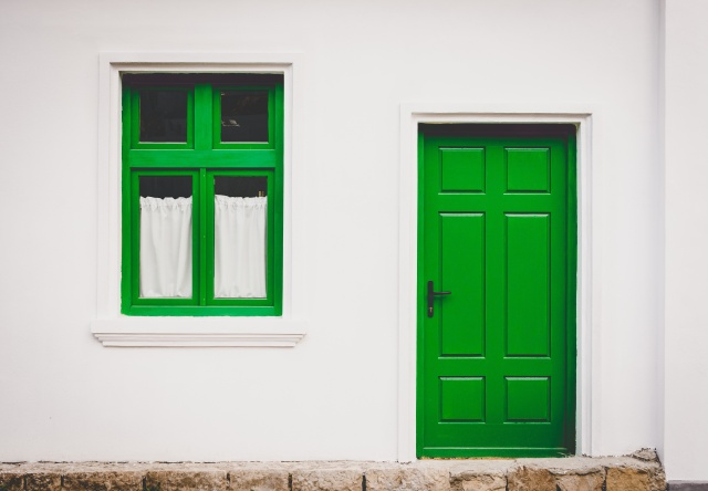 Home Door Green UNSPLASH